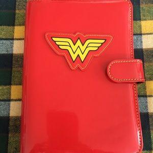 Wonder Woman Organizer